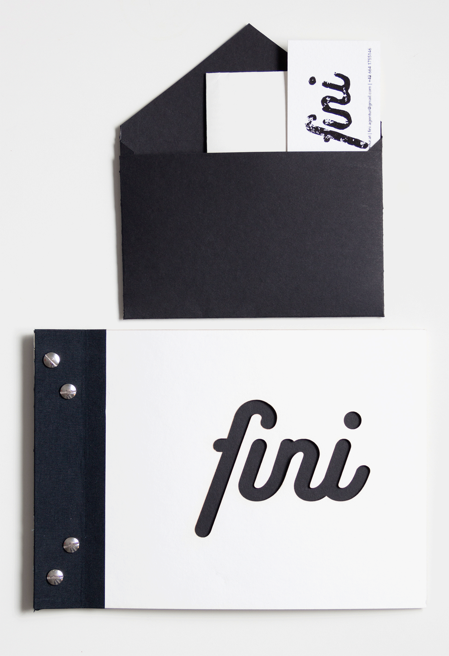 fini_booklet